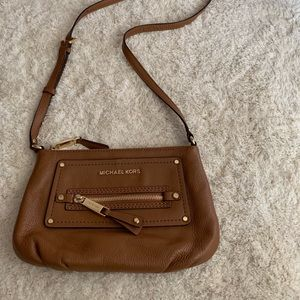 Michael Kors | Leather Crossbody Bag